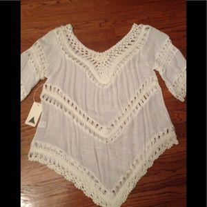 Bohemian cut lace tunic